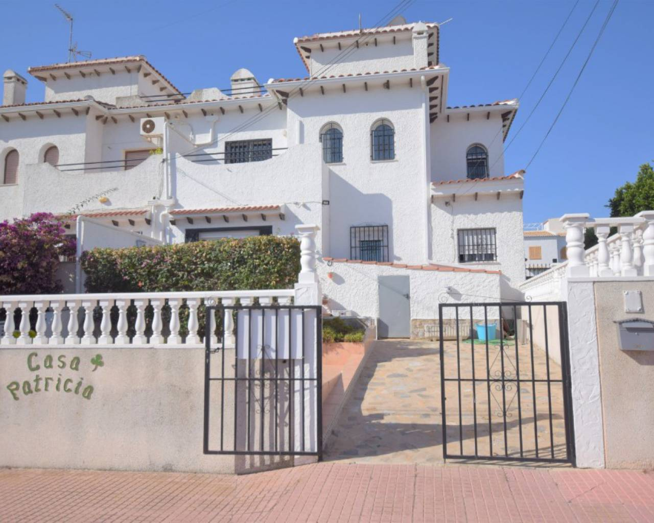 Resale - Townhouse - Ciudad Quesada - Upper Quesada
